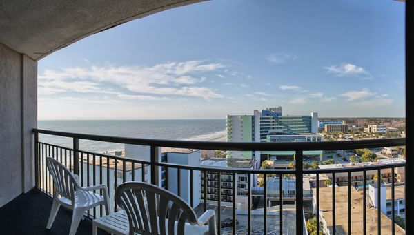 Ocean View King Hotel Suites in Myrtle Beach with King Bed