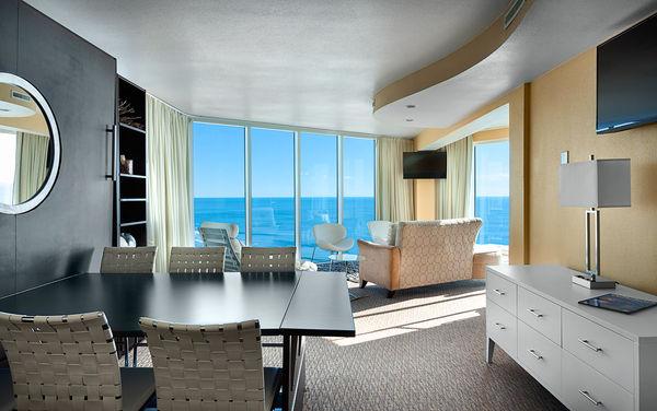 Oceanfront hotel suite in Myrtle Beach with 2 bedrooms at Captain's Quarters Resort