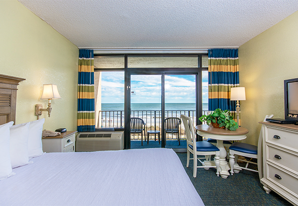 Schooner Oceanfront Mini Suite Image