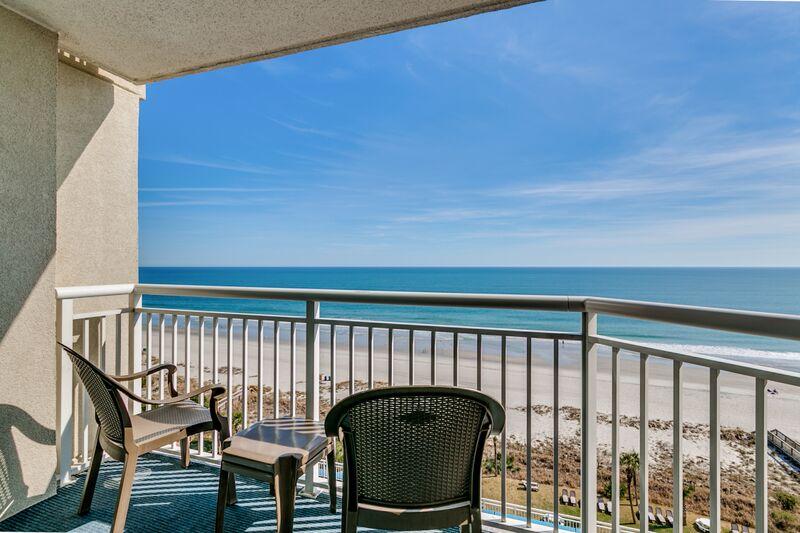 Oceanfront Queen Suite