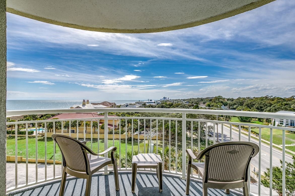 Angle Oceanfront Deluxe 3 BR