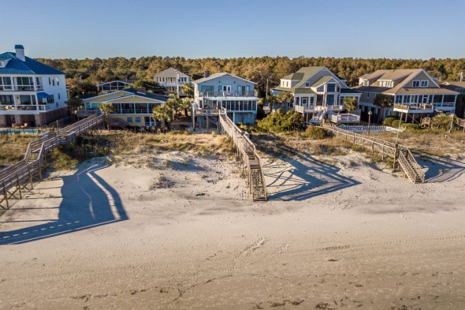 Looney Dunes Family Vacations