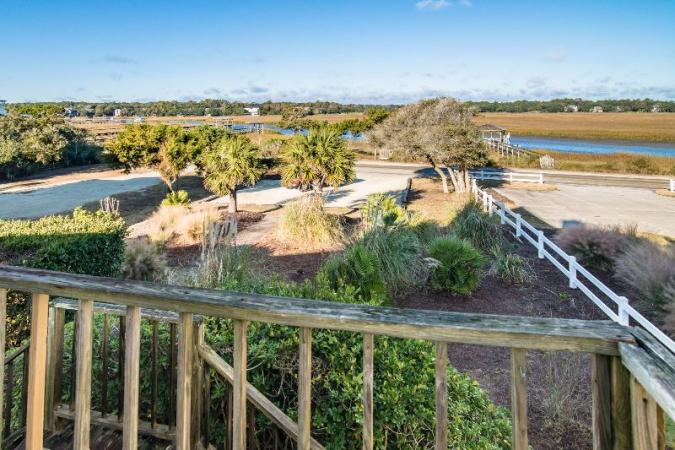 Maurice Cottage Grand Strand Retreat