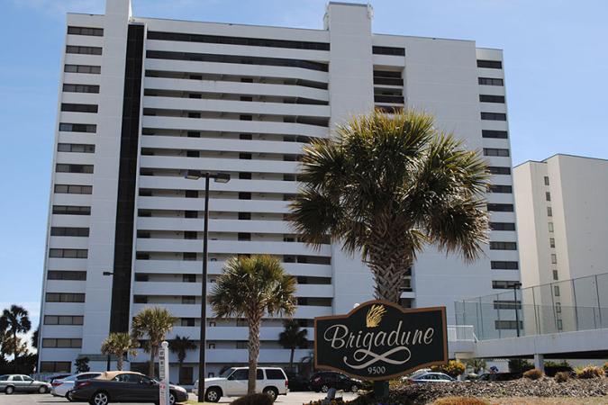 Brigadune 16E Hotel & Resort
