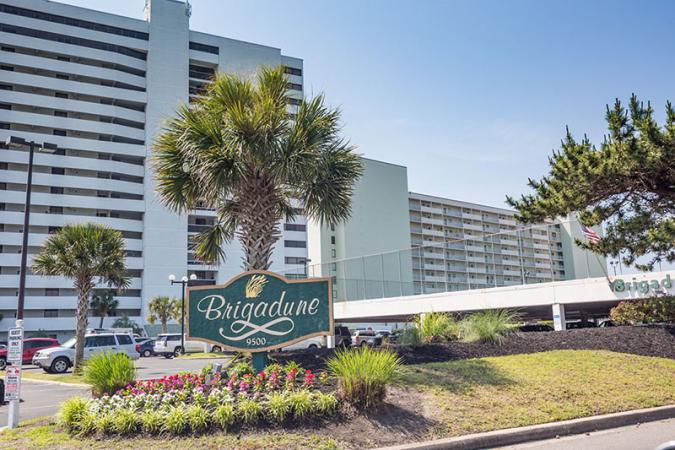 Brigadune 8A Hotel & Resort