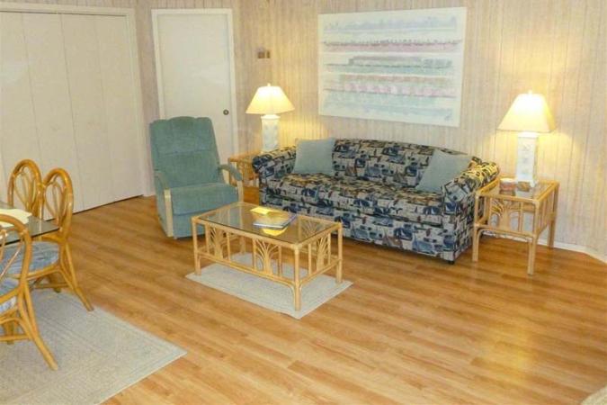 Guest Cottage 30 Condo Rentals