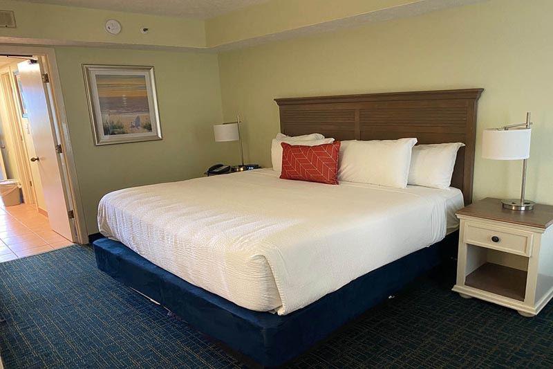 Grande Cayman Resort 553 Hotel & Resort