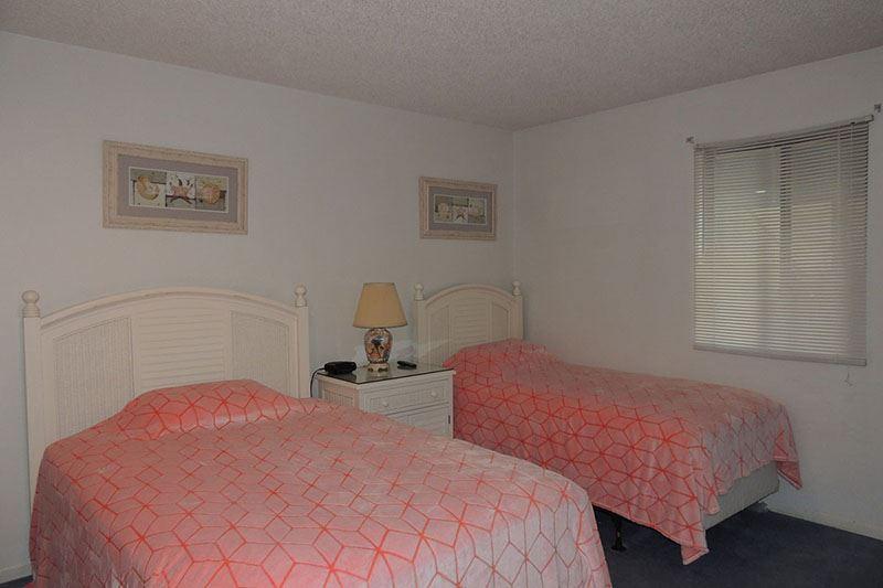 Summertree Village F11 Hotel & Resort
