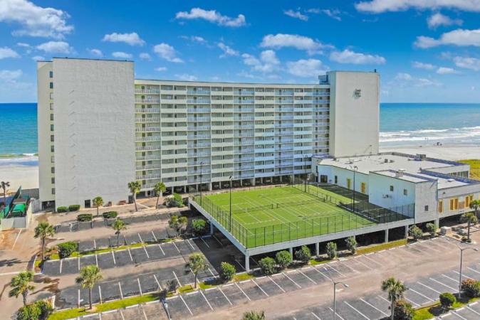 Sands Beach Club 628 Hotel & Resort