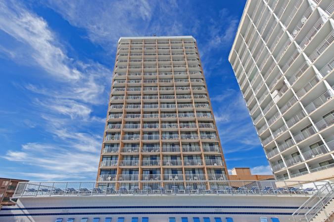 Sands Ocean Club 219 Hotel & Resort