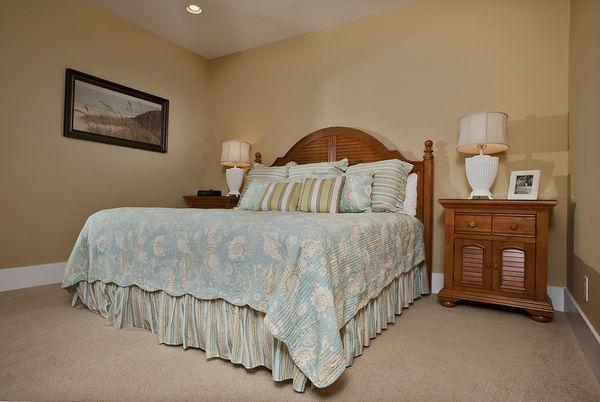 Spa Villa  - 2 Bedroom 2 Bath Luxury Townhome