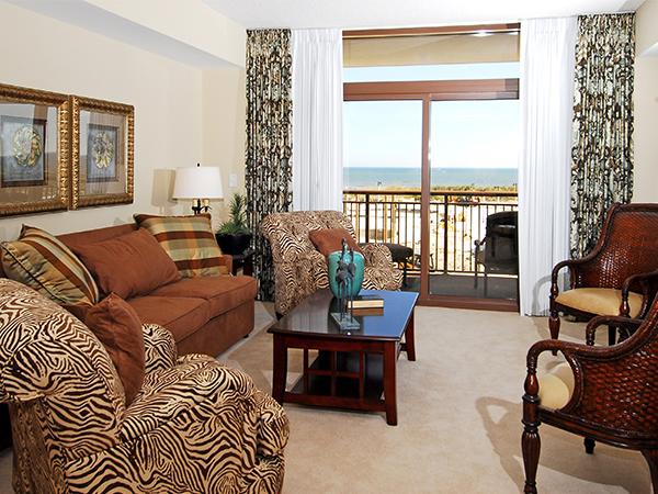 Deluxe Suite - 1 Bedroom 2 Bathroom Oceanfront Luxury Condo