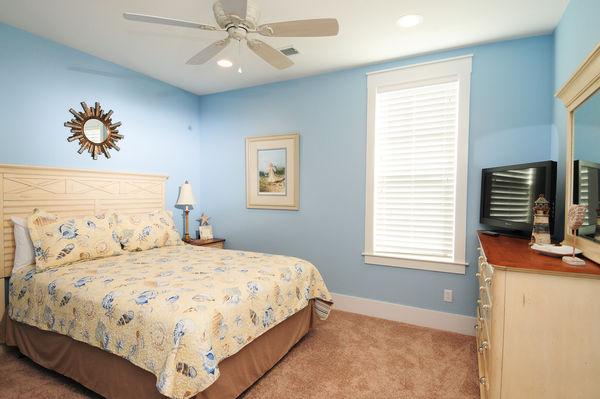 Flat-2 Bedroom 2 Bath Luxury Flat