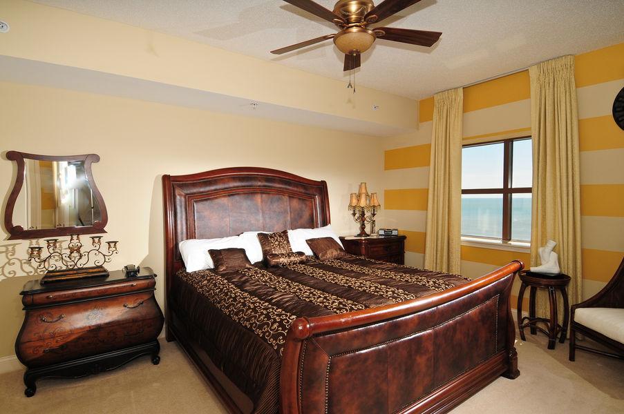 Palmetto - 4 Bedroom 3 1/2 Bath Luxury Oceanfront Condo