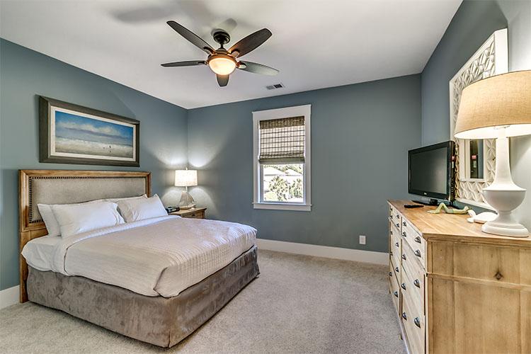 3BDRM House Cayman - Luxury 3 Bedroom 3 1/2 Bath - Unit 4922OA