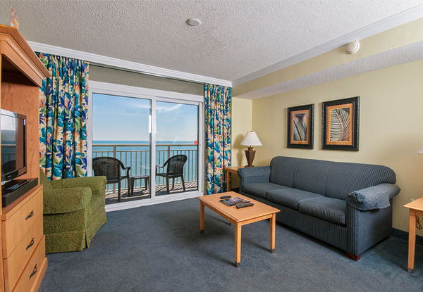 Oceanfront Deluxe King Suite